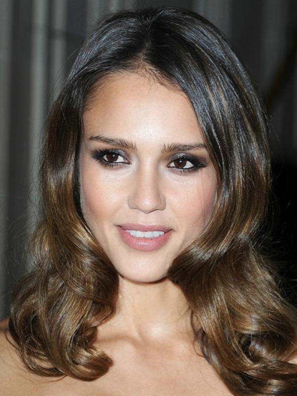 a1 Beauty Look: Jessica Alba