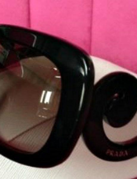 Modna opsesija dana: Sunčane naočare Prada