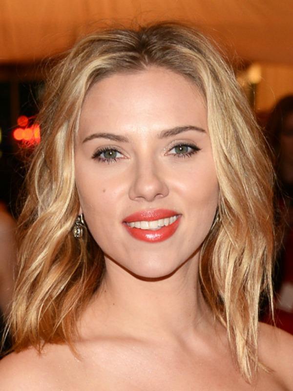 skarlet Beauty Look: Scarlett Johansson