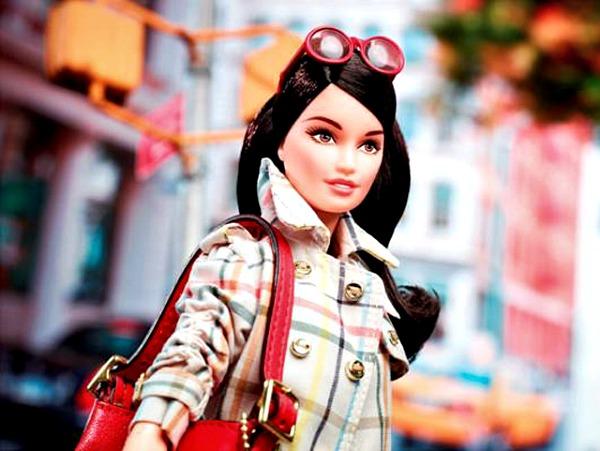 slika42.jpg2 Barbie ima skuplju tašnu od tebe