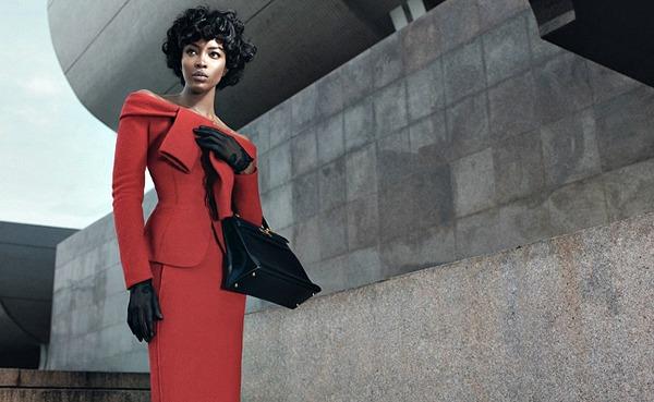 01 Naomi Kembel kao Misel Obama Naomi Campbell kao Michelle Obama