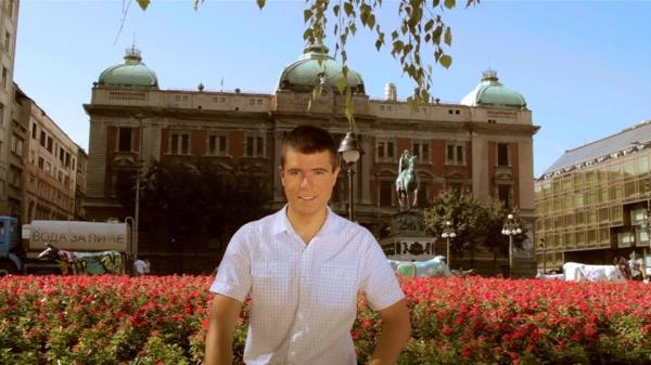 Boris Malagurski ispred Narodnog muzeja Premijera prvog dugometražnog dokumentarnog filma o Beogradu