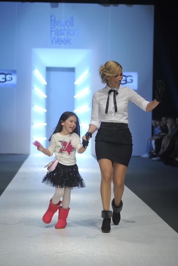 Irina Radovic UGG Otvoren 34. Perwoll Fashion Week