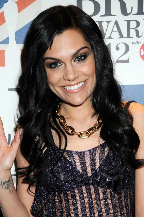 Jessie J 3 Beauty Moments: Najlepše frizure, Jessie J