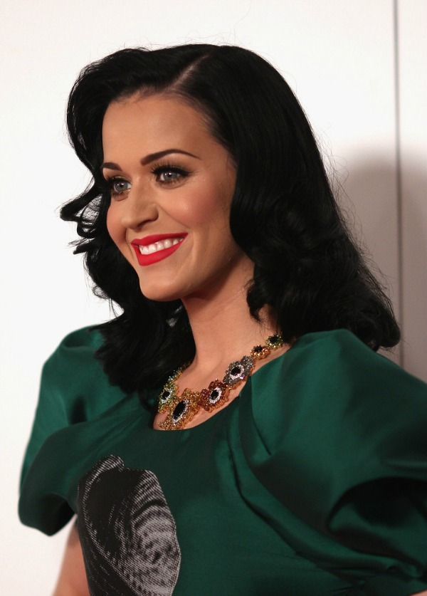 Katy Perry 2 Beauty Moments: Najlepše frizure, Katy Perry