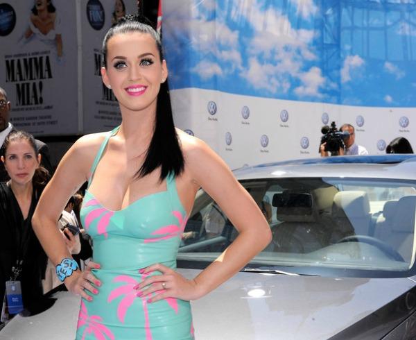 Katy Perry 7 Beauty Moments: Najlepše frizure, Katy Perry
