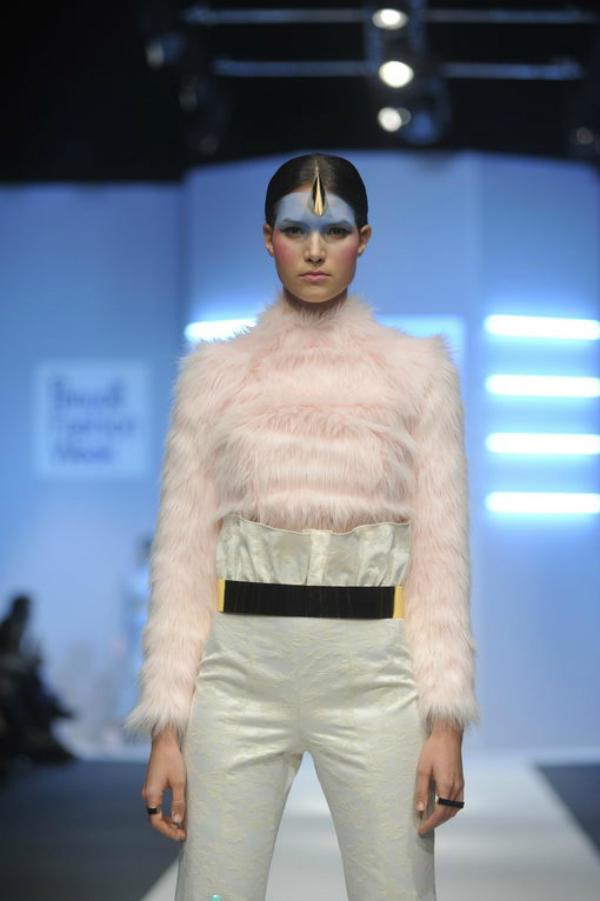 Ljubinkovic roze belo 34. Perwoll Fashion Week: Ana Ljubinković
