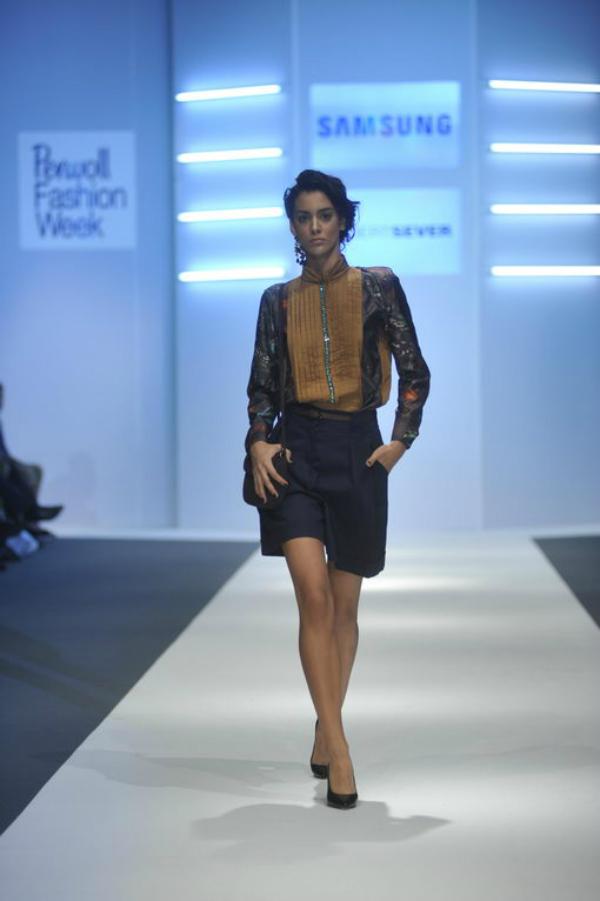 Robert Sever teget bermude 34. Perwoll Fashion Week: Zona 45