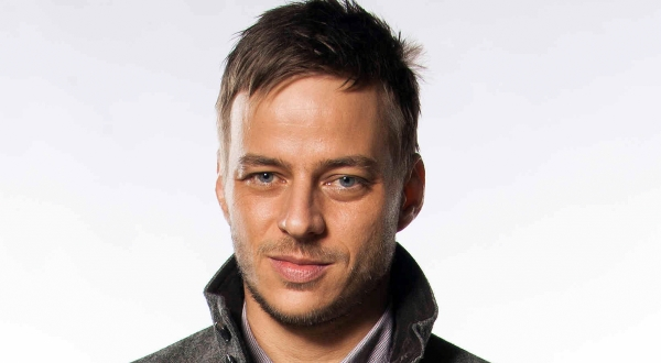 Tom Wlaschiha Serija četvrtkom: Crossing Lines