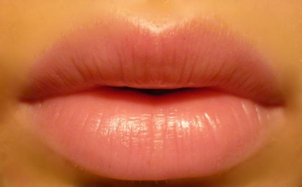 Usne Nega usana tokom zime