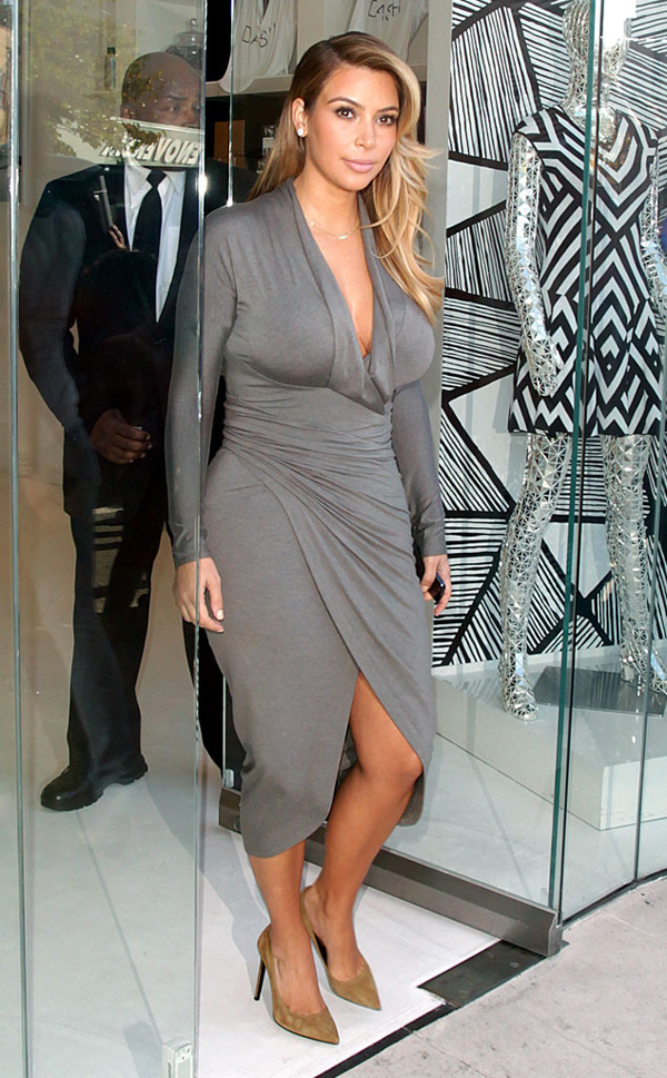 rs 634x1024 131011171154 634.kimkardashian dash.cm .101113 Stil Kim Kardashian posle porođaja