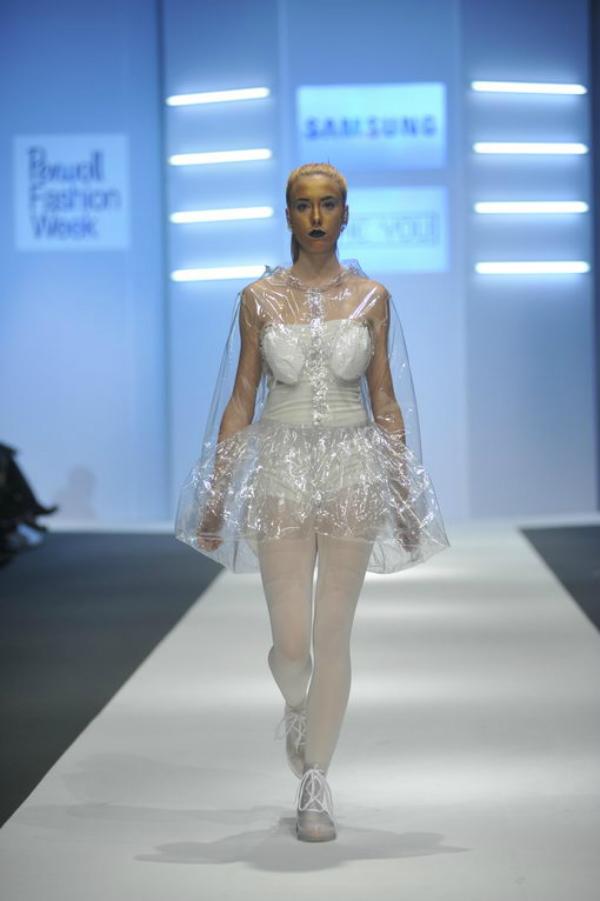 she you 1 34. Perwoll Fashion Week: Zona 45