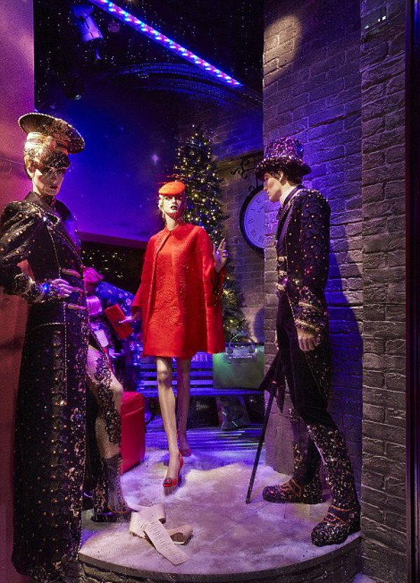 02 Harrods izlog1 Veličanstveni Harrods izlozi u novogodišnjem i božičnom stilu
