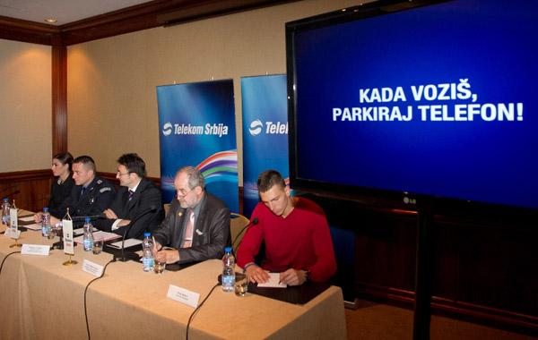 Ivana Spanovic Slobodan MalesicPredrag Culibrk prof. dr Milan Vujanic i Emir Bekric Telekom Srbija: Kada voziš, parkiraj telefon!