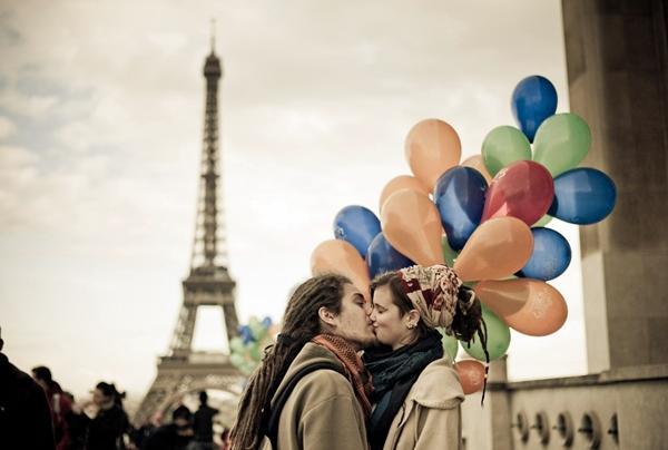 Ljubav romantika ili patetika Ne znam šta je ljubav al' mora da je nešto patetično