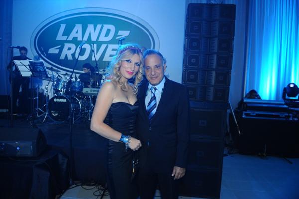Maja Babicmarketing i PR manager Grand Motors i Rimon Ben Shaoul predsednik upravnog odbora kompanije Grand Motors  Otvoren ekskluzivni Land Rover i Jaguar salon u Beogradu