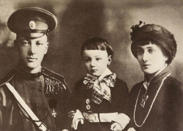 Nikolaj Gulev sin Lav Ana Ahmatova Divlja Anna Akhmatova od hiljadu ljubavi i nežni Amedeo Modigliani, jedini na svetu (1. deo)