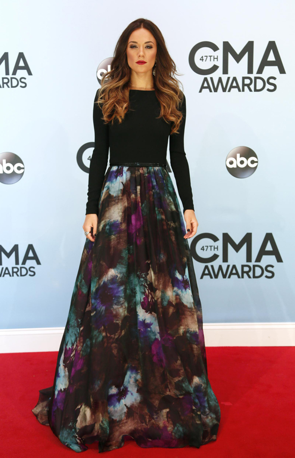 RT JanaKramer Fashion Police: CMA Awards 2013