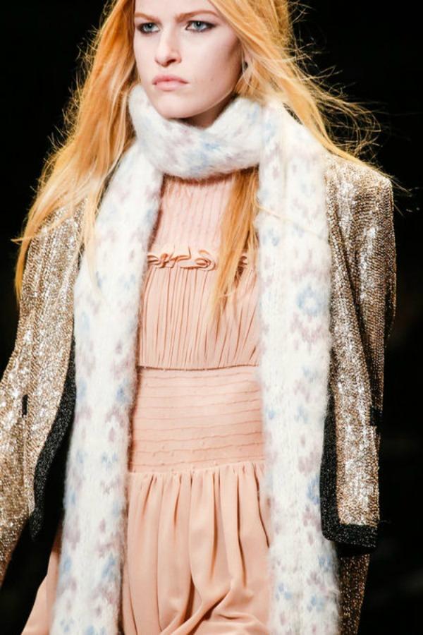 Sal Saint Laurent Sedam modnih detalja koje svaka žena treba da ima