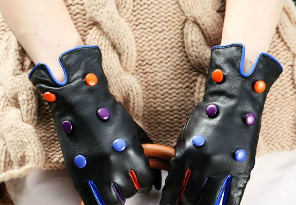 Sareni dugmici Trendi rukavice