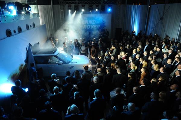 Senzacionalan ulazak novog Land Rover Sport1 Otvoren ekskluzivni Land Rover i Jaguar salon u Beogradu