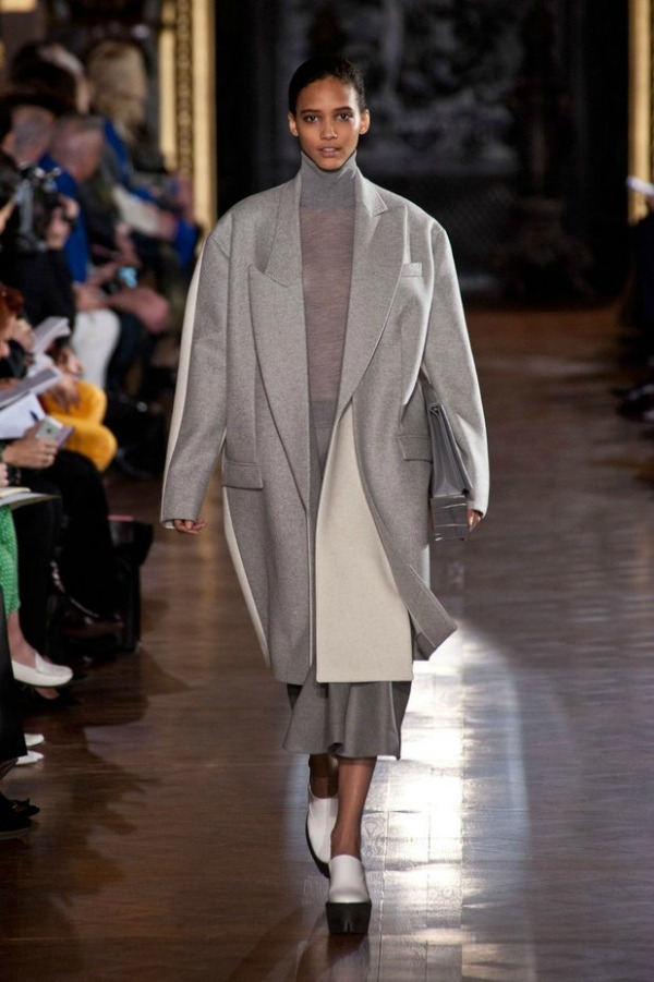 Stella McCartney Jesenji trend: Supersize kaputi