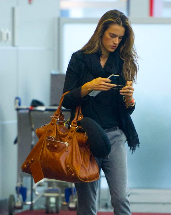 The Many Bags of Alessandra Ambrosio 16 Sve torbe: Alessandra Ambrosio