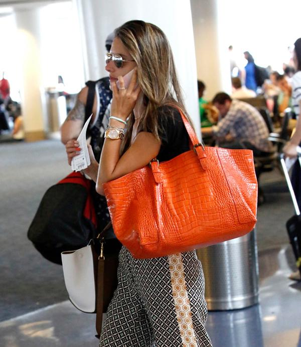 The Many Bags of Alessandra Ambrosio 23 Sve torbe: Alessandra Ambrosio
