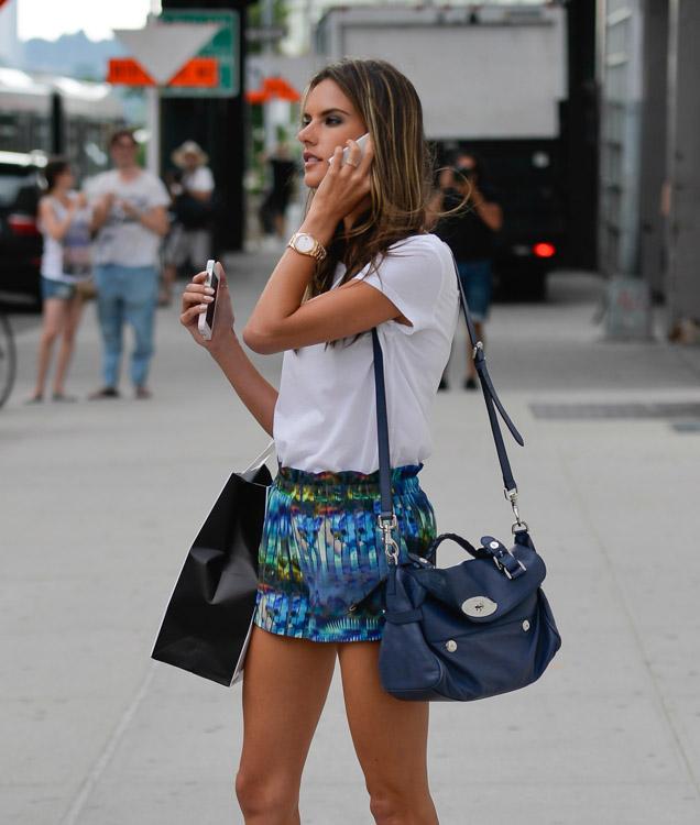 The Many Bags of Alessandra Ambrosio 24 Sve torbe: Alessandra Ambrosio