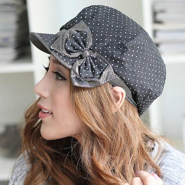 U fazonu Sare Kej Sedam šešira koje možete poneti ove jeseni