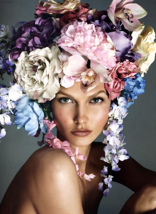 a vogue italia 2011 12 steven meisel karlie cerf de d Već viđeno: Audrey Hepburn vs Karlie Kloss