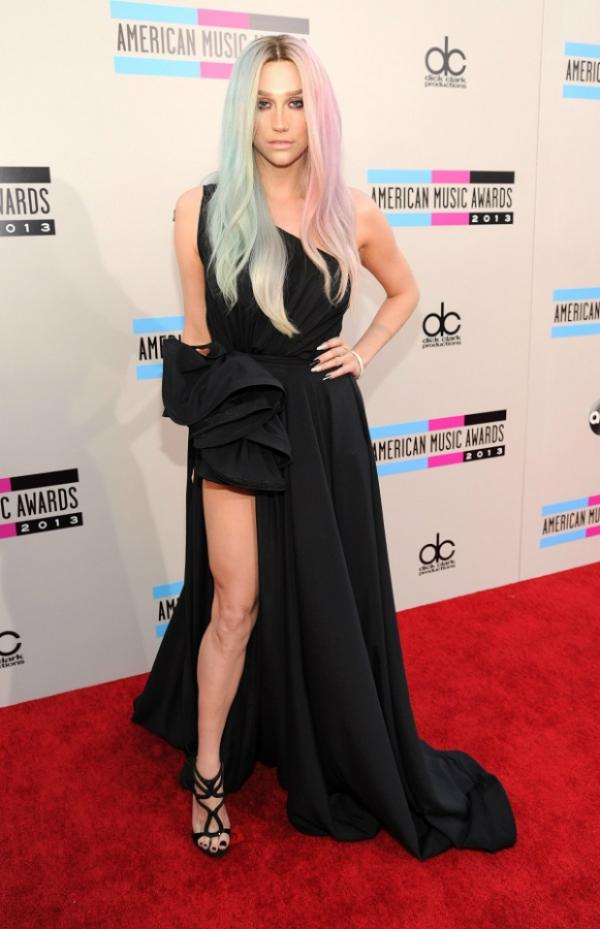 kesha Fashion Police: American Music Awards 2013.