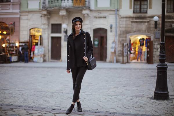 leather leggings street style outfit 10 odevnih kombinacija: Nika Huk