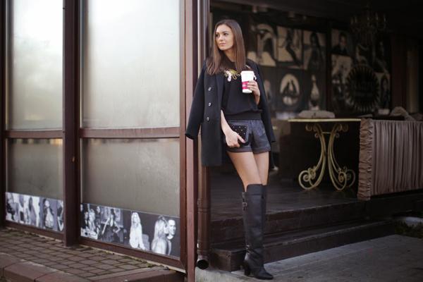 over the knee boots outfit 10 odevnih kombinacija: Nika Huk