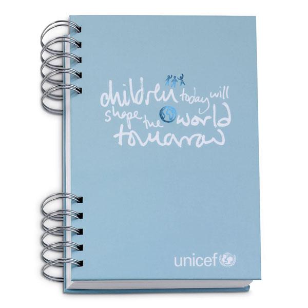 1P2035 FF 01 UNICEF čestitke i pokloni: Humanost kao esencija stila