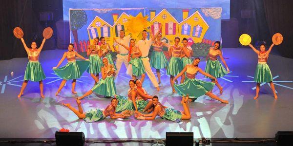 1 koreografija na sceni cds Wannabe talenti: Plesni klub City Dance Studio