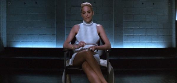 2.Prebaci noge da vidimo sta se tu krije 50 najuzbudljivijih trenutaka na filmu (3. deo)