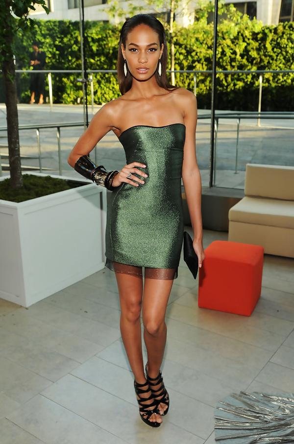 2010+CFDA+Fashion+Awards+Cocktails+l0Qmil0s 57x 10 odevnih kombinacija: Joan Smalls