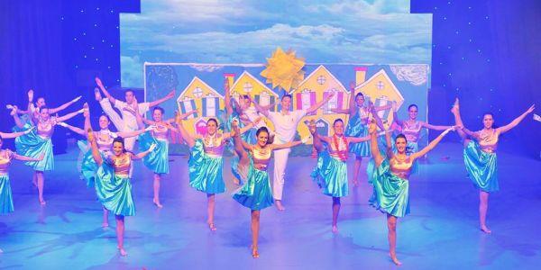 2 plesaci cds na takmicenju dance fest Wannabe talenti: Plesni klub City Dance Studio