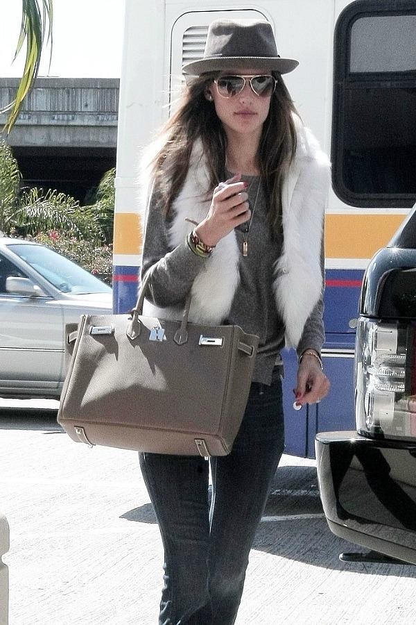 Alessandra Ambrosio 5 Sve torbe: Alessandra Ambrosio (2. deo)