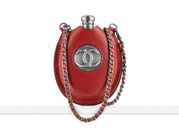 Chanel cutura torba 12 Chanel proizvoda koje Coco Chanel ne bi odobrila