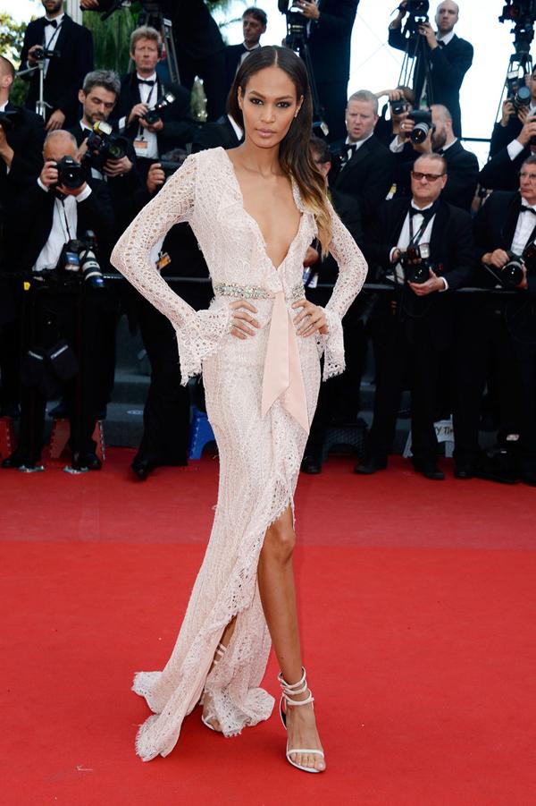 Cleopatra+Premiere+66th+Annual+Cannes+Film+lbNpiNOUiq1x 10 odevnih kombinacija: Joan Smalls