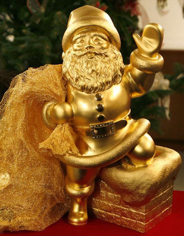 Deda Mraz od zlata Deset najluksuznijih novogodišnjih ukrasa