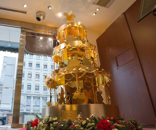 Dizni jelka od zlata Deset najluksuznijih novogodišnjih ukrasa