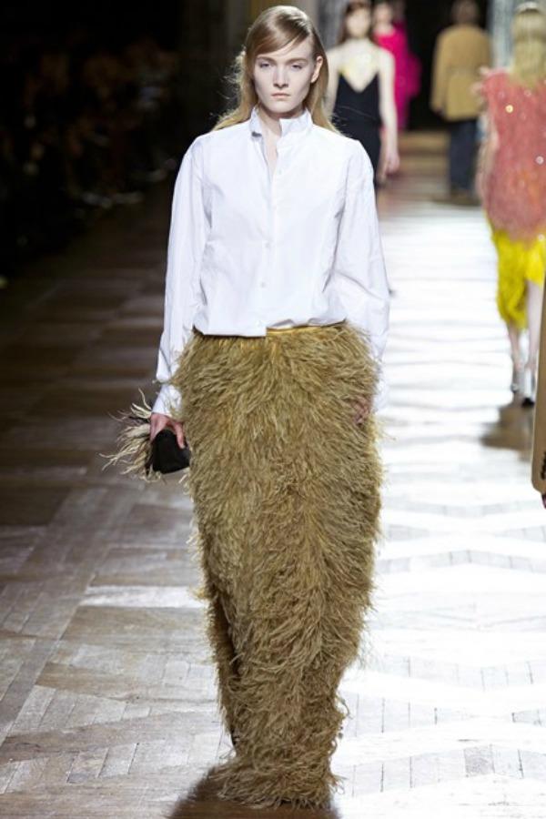 Dries Van Noten suknja Sa krilima od perja u avanturu želja