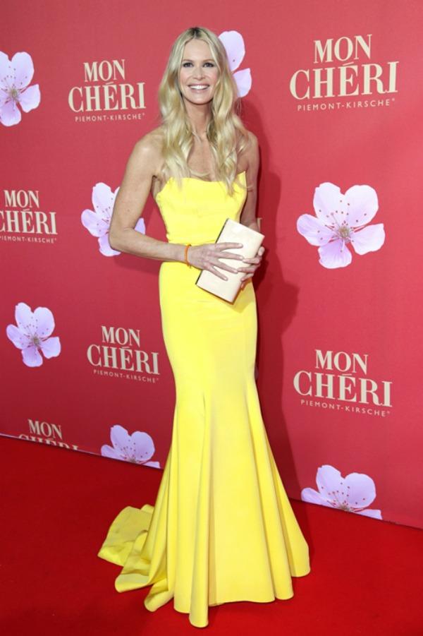 Elle MacPherson 8 Trend sa crvenog tepiha: Žute haljine