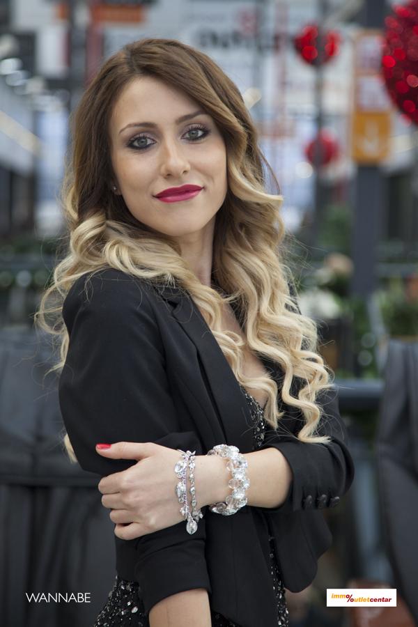 IMG 1450 Modni predlozi iz Immo Outlet centra: Šljokice i mala crna haljina