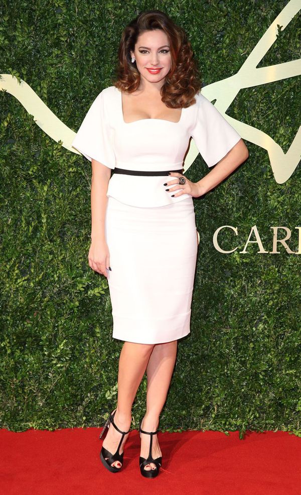 Kelly Brook attends the British Fashion Awards 2876996 Fashion Police: British Fashion Awards 2013