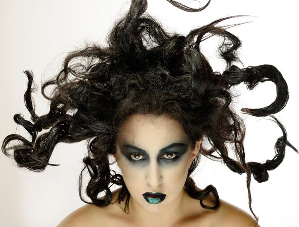 Leah editorial Makeup Senka na očnim kapcima, izraz senke na duši