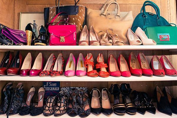 Miranda ker kolekcija cipela i torbi1 Miranda Kerr kakvu do sada niste videli i njen ormar